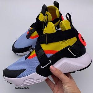 NIKE - Air Huarache City Womens Sneaker AH6787 401